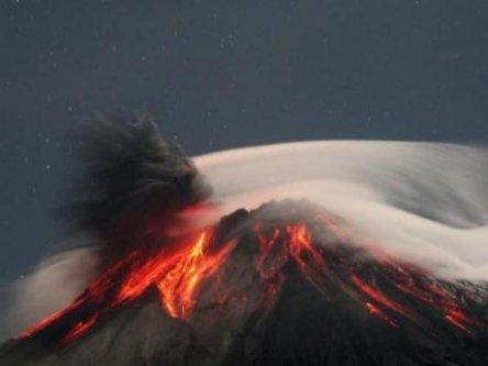 Eruption_volcanique_dans_l_ouest_du_Guatemala_33_000_personnes_evacuees